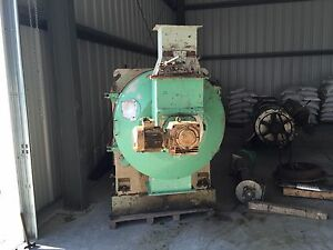 Umt Pellet Mill 250 Hp Motor With Feeder And Conditioner