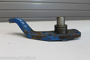 Ford Compact Tractor Steering Kingpin left Hand 83927022 Includes Bearing
