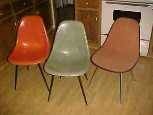 Eames For Herman Miller Lot Of 3 Shell Chairs Rose Salmon Elephant Grey