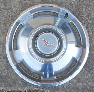 13 1965 Chevrolet Monza Corvair W O Mag Type 5 Slot Hubcap Wheel Cover