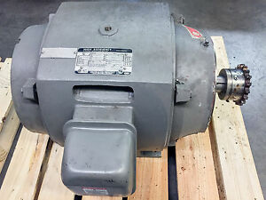 Motor 25hp 230 460vac 60hz 1765 Rpm From 1998 Toshiba Injection Molding Press