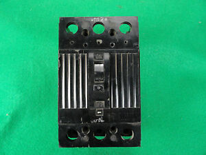 General Electric Tqd32225 Circuit Breakers as is E ok