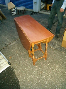 Vintage 1940 S Solid Maple Drop Leaf Table