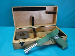 Used Federal Bore Gage Pistol Grip 1243p 2 1 1 4 To 2 3 4 With Wooden Case