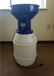 New 110 Volt Electric Mill Grain Grinder With 13 Gallon Bin Detachable Hopper