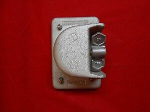 Crouse hinds Ds181 Cover W toggle Switch New out Of Box