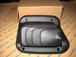 Ford Super Duty 4x4 Transfer Case Rubber Shifter Boot Oem New Genuine 1999 2007