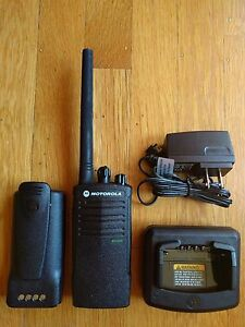 Motorola Rdx Rdv2020 Vhf Business Two way Radio 2 Watts 2 Channels