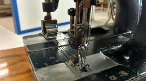 Union Special Double Needle Locked Stitch Class 7800 Industrial Sewing Machine