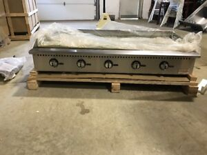 Commercial 60 Thermostatic Control Gas Griddle Countertop Griddle 5ft Grill