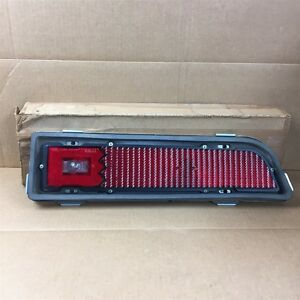70 Torino Nos Oem Ford Rh Tail Light Lamp Assy D0oz 13404 B
