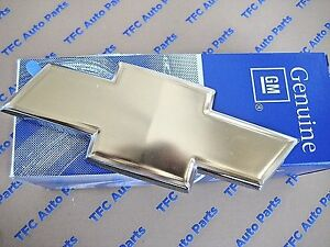 Chevrolet Hhr Uplander Gold Bow Tie Rear Liftgate Emblem Oem New Genuine Gm Part