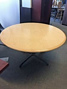 Round Conference Table By Steelcase Office Furniture In Light Oak Wood 54 d