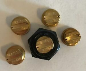 Teejet Tq150 02 Double Outlet Spray Tip Brass Lot Of 5 With Free Caps