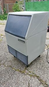 Flaker Ice Machine Scotsman Model afe400a 1h 400lb
