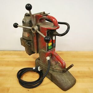 Milwaukee 4297 1 Magnetic Drill Press 120vac 11 5 Amp 60 Hz Used