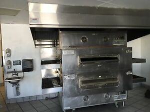 Ps360ewb Conveyor Oven Features A 54 5 Long Cooking Chamber A 44 Wide Conveyo