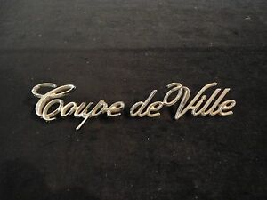 1970 S Cadillac Emblem Coupe Deville Quarter Panel Part 9691395 9695825