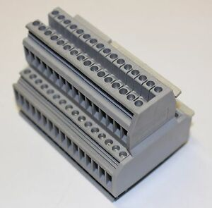 Phoenix contact ukk 3 Terminal Block Double Level Mfr 2770011 lot Of 16