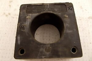 General Electric Current Transformer Ratio 250 5 Jch 0 641x91 6kv 600v 2 5 d