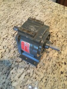 Dayton Indirect Drive Speed Reducer 118 1 Ratio Gear Reduction