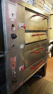 Pizza Oven In Very Good Condittion
