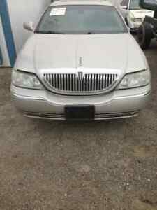 03 04 05 06 07 Lincoln Town Car Front Clip Only W Fog Lamps Exterior Paint Jp