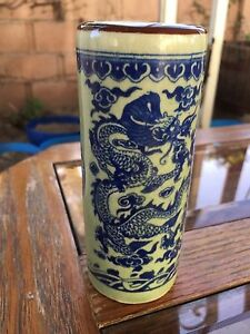 Chinese Antique Porcelain Brush Holder Decorated Dragon And Phoenix Marked