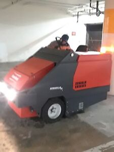 Powerboss Armadillo Sw 6xv Gasoline Industrial Sweeper High Dump Model