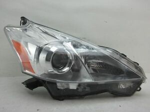Toyota Prius V Headlight Halogen Headlamp R Oem 12 13 14 15 2012 2013 2014 2015