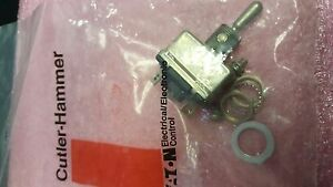 1x Eaton Ms25306 272 Toggle Switch Spdt Momentary 25a See Pictures
