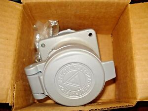 Appleton Pin Sleeve Receptacle 30a 3p2w 600 Volts Ac 3p Adr3023