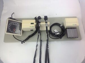 Welch Allyn 767 Blood Pressure And Otoscope Wall Diagnostic W Power Cable
