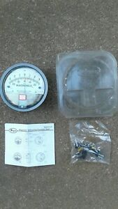 Lot Of 5 Dwyer Magnehelic Differential Pressure Gauge 173735 00