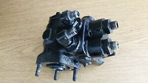 Used Hydraulic Steering Valve 76611 36412 For Kubota Tractor F2100e