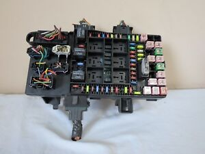 03 06 Ford Expedition Navigator Fuse Box Relay Computer Unit Oem 6l1t 14a067 ac