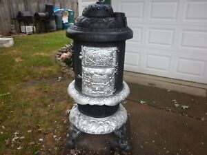Antique Round Oak Wood Burning Cast Iron Parlor Stove