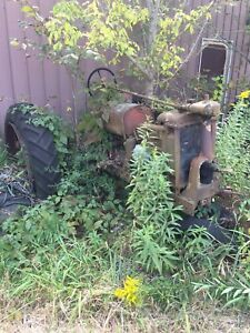 International Harvester Mccormick Deering Farmall F12 F14