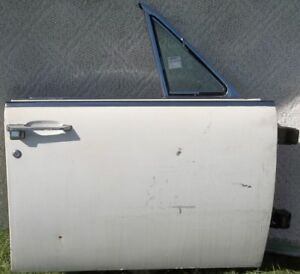 1964 Thru 1965 Lincoln Continental R H Passenger Door Almost Complete Flat Glass