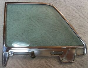 1961 Thru 1963 Lincoln Continental L H Drivers Side Rear Door Glass And Bezel