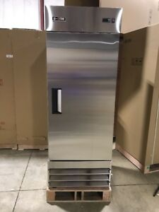 Single Door Reach In Commercial Refrigerator Cooler Stainless Brand New