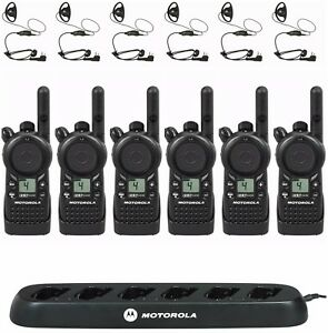 6 Motorola Cls1410 Uhf Two way Radios With Bank Charger Hkln4599 Headsets