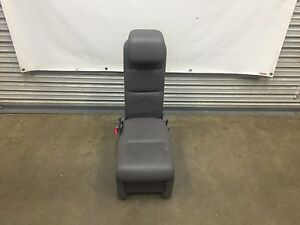 2005 2010 Honda Odyssey Plus One Jump Seat 2nd Row Gray Leather