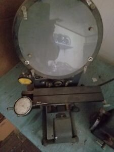 Micro Vu 400 Optical Comparator 10 Screen
