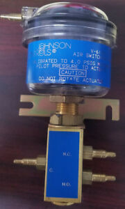 Johnson Controls V 6135 1 4psig Air Switching Valve New In Box
