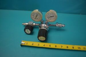 Used Praxair Compressed Gas Regulator 30 200 0 4000