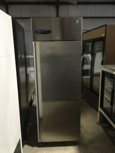 Hoshizaki Cr1s fs Commercial Used Sheet Pan Freezer Stainless Reach In
