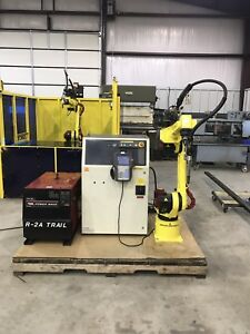 Fanuc Arcmate 100ib Welding Robot With R j3ib Controller And Lincoln 455m