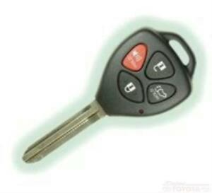 Genuine Oem Toyota Yaris Hatchback Remote Transmitter Key 89070 52g70 2015 2018