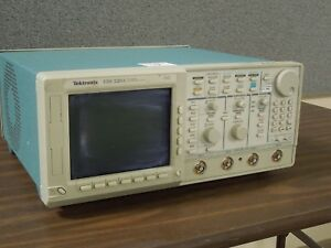 Tektronix Tds520a 2 Channel Digitizing Oscilloscope